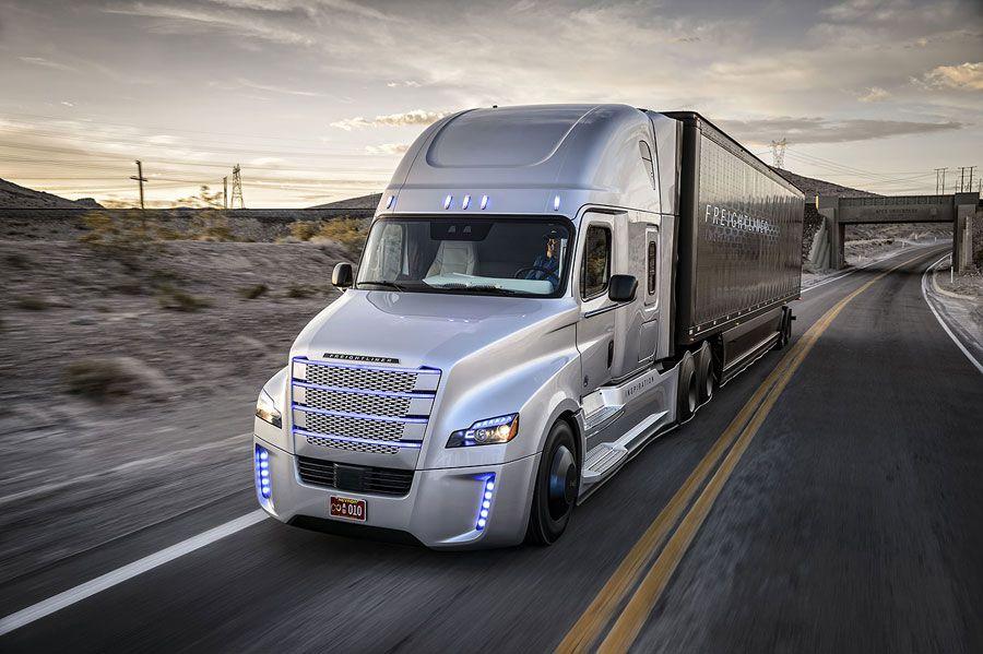 Freightliner-WEB0.jpg