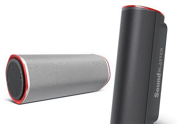 Enceinte Creative Sound Blaster FRee, en position allongée, en blanc, ou semi-debout, en noir