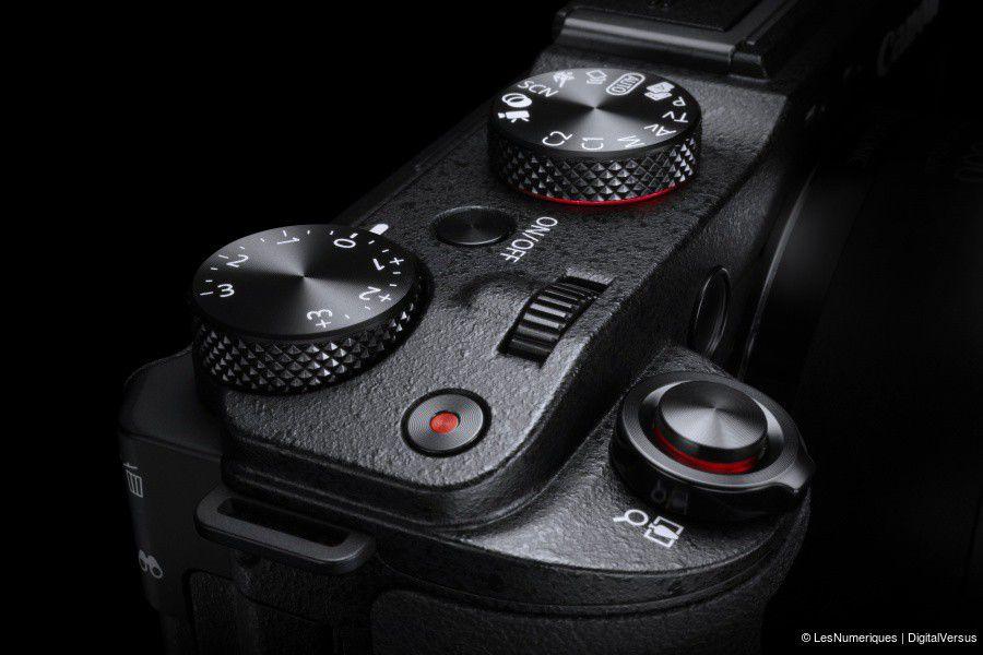 PowerShot G3 X Beauty Top Controls 2.jpg