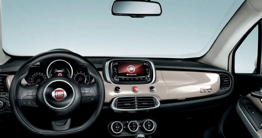 Fiat-500-UConnect-WEB.jpg