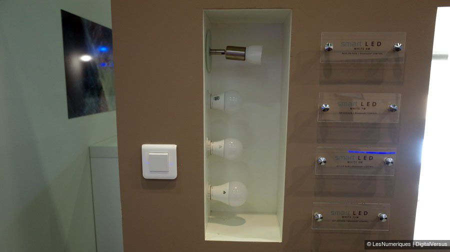 SmartLED stand