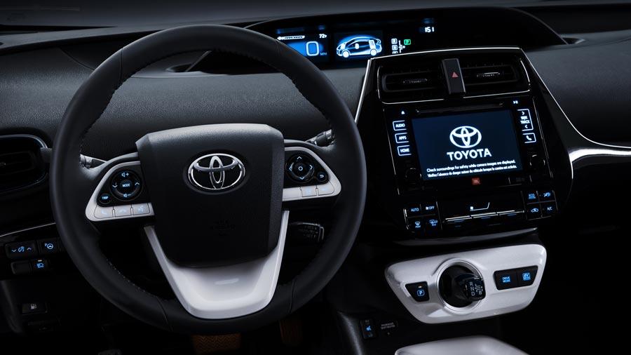 Toyota-Priux-dashboard-WEB.jpg
