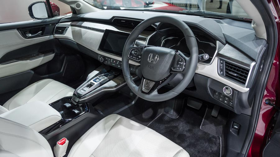 Honda-Clarity-habitacle-WEB.jpg