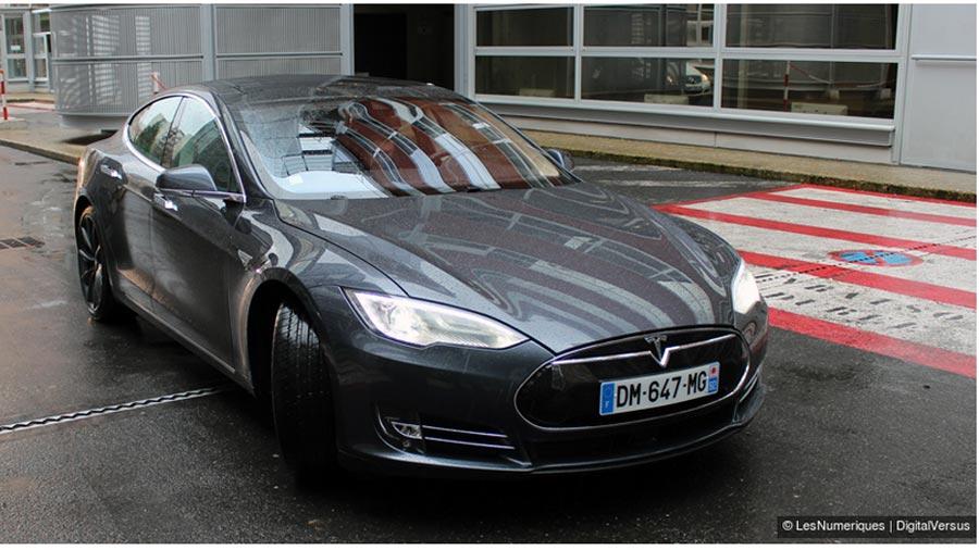 Tesla-WEB.jpg