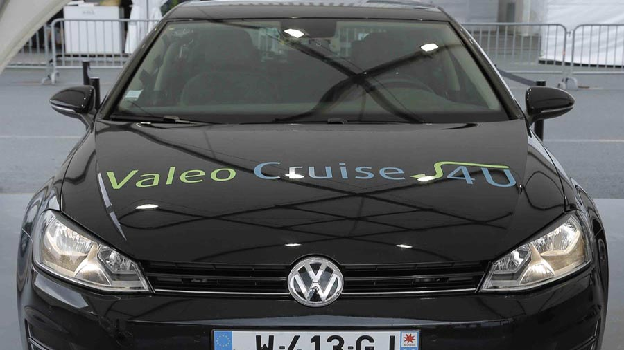 Valeo-Cruise4U-VW-WEB.jpg