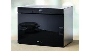 Miele joue la carte de la cuisson vapeur avec le four DG 6010