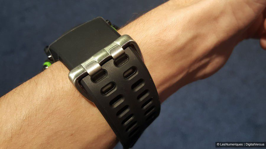 razer-nabu-bracelet.jpg