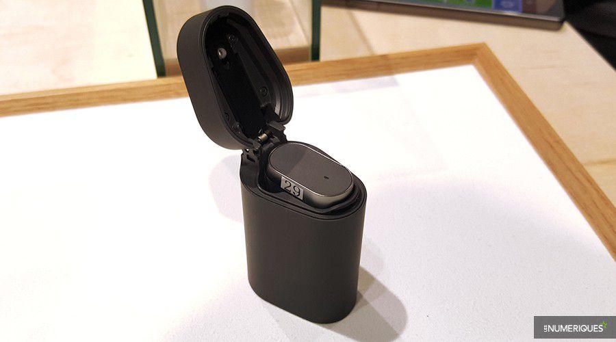 sony-xperia-ear-chargeur.jpg