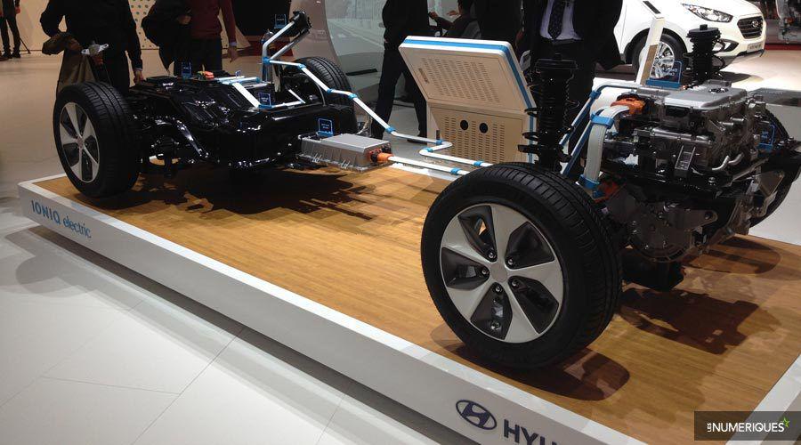 Hyundai-IONIQ-a-poil-WEB.jpg