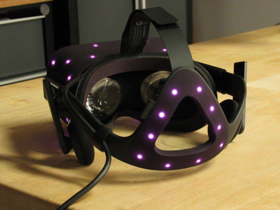 Oculus Rift CV1 iFixit 05.jpg