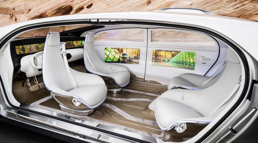 voiture autonome 1 conducteur sur 4 vote pour une sieste. Black Bedroom Furniture Sets. Home Design Ideas