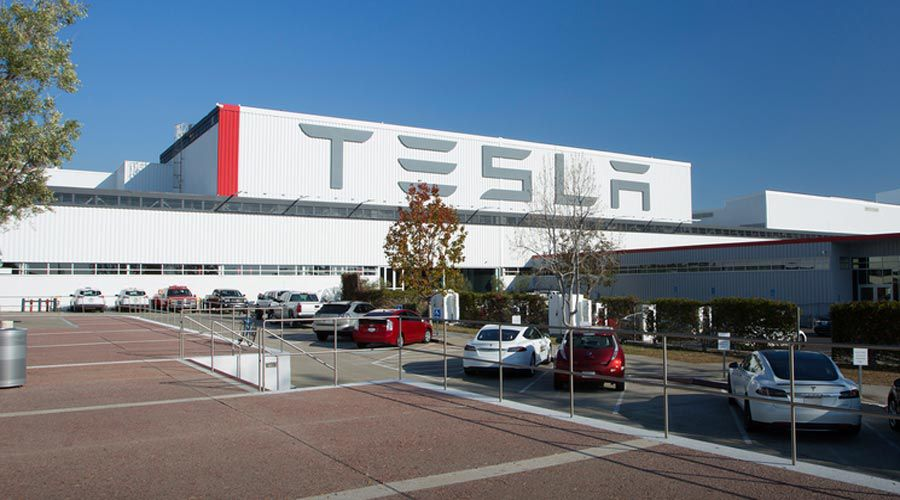 Tesla-factory-WEB.jpg