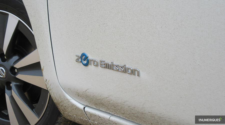 1_Nissan-Leaf-logo-WEB.jpg