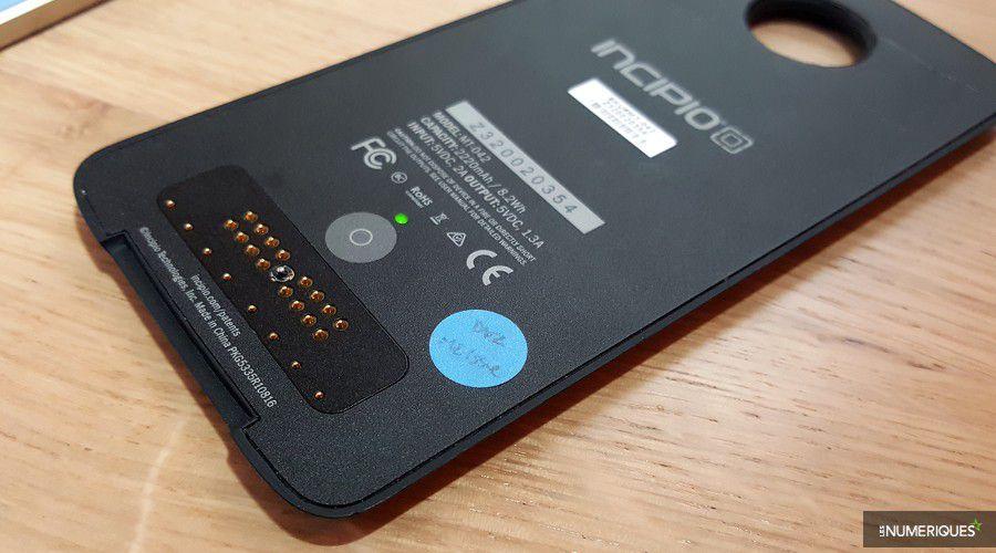 1_motorola-moto-z-batterie-pack.jpg