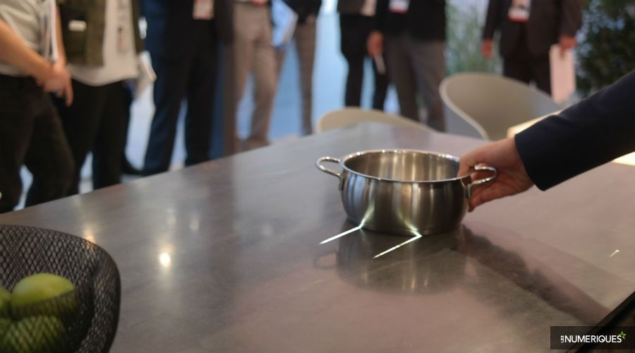 IFA-Panasonic-cuisine-futur-table-cuisson.jpg