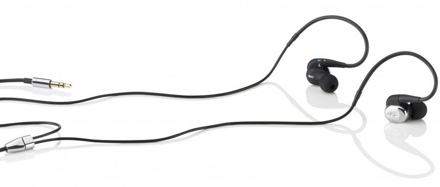 AKG N40 (3D View on white 01).jpg