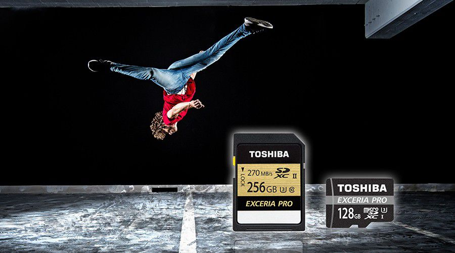 Toshiba_ExceriaPro.jpg