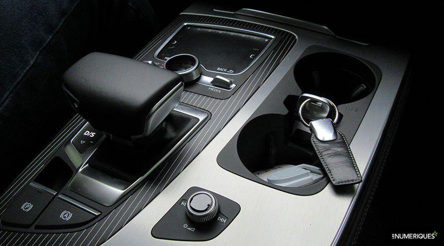 Audi-Q7-etron-MMI-WEB.jpg