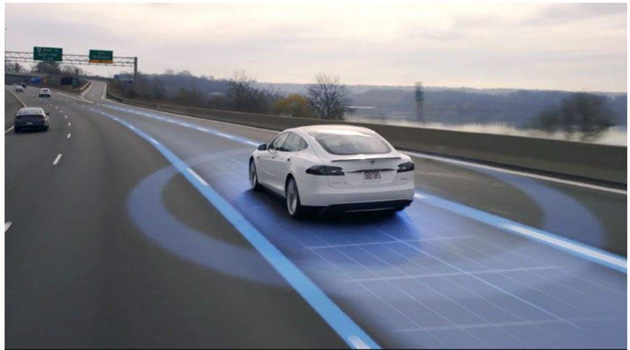 Tesla-Model-Autopilot-WEB.jpg
