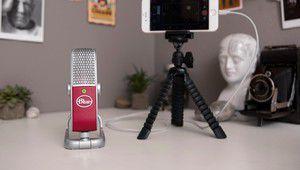 Un microphone nomade USB/Lightning en préparation pour Blue