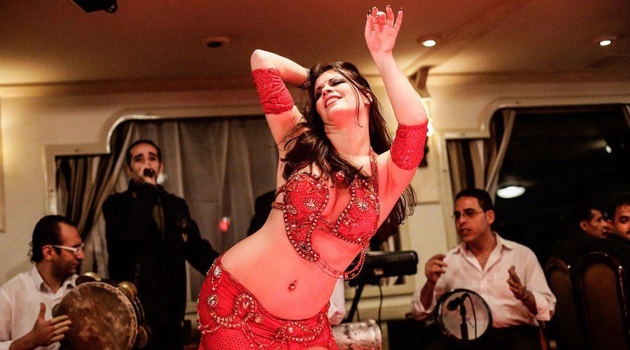 belly_dancer_900.jpg