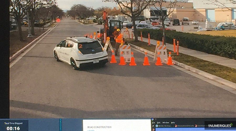 Nissan-Autonomous-Avoid-WEB.jpg