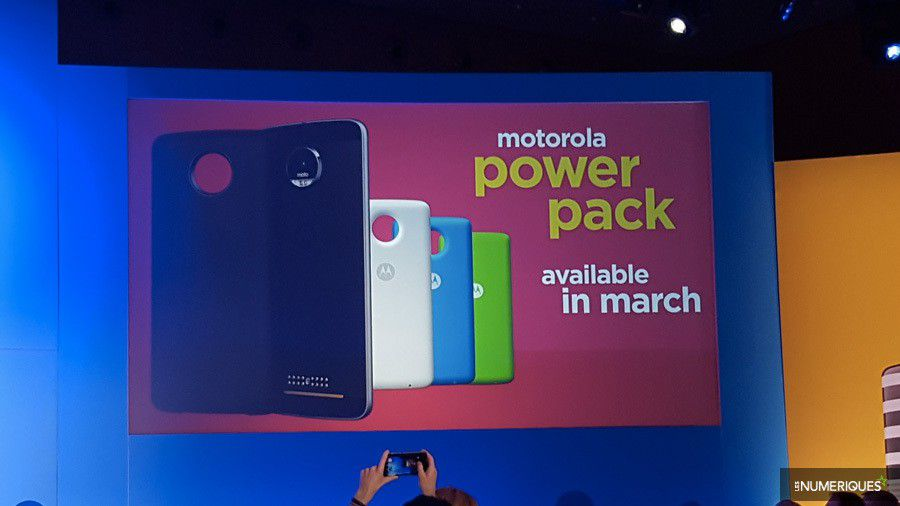 moto-mods-powerpack.jpg