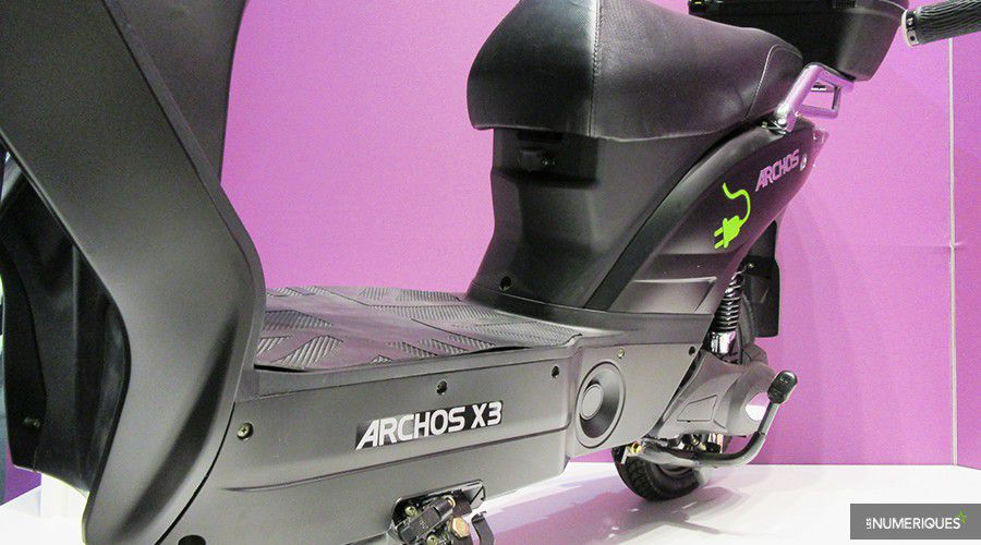 Scooter-Archos-tablier-WEB.jpg