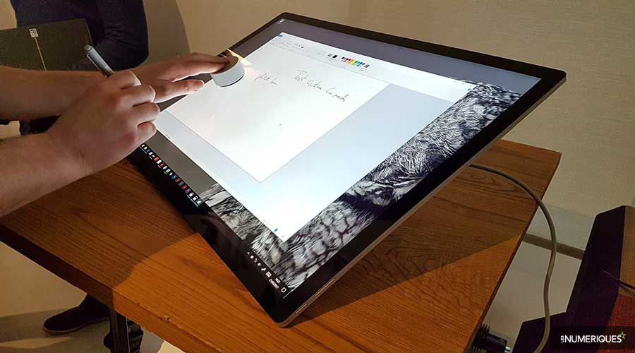 Microsoft Surface Studio-2.jpg