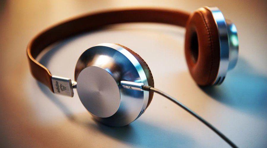 Scission Du Comparatif Des Casques Nomades Filaires Et Bluetooth
