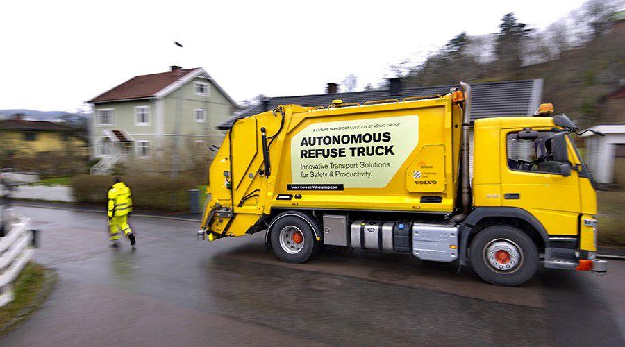 Volvo-benne-ordures-autonome_2-WEB.jpg