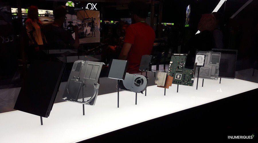 Xbox-One-X_Inside.jpg