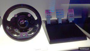 E32017 – Thrustmaster T-GT, un nouveau volant conçu pour GT Sport