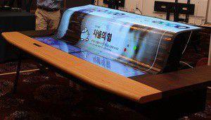 Premier écran Oled flexible transparent de 77 pouces chez LG Display