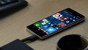 TCL ouvre les précommandes de l'Alcatel Idol 4 Pro sous Windows 10