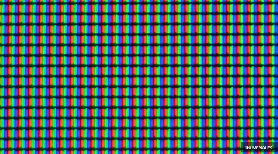Samsung-UE55MU6405-souspixel.jpg