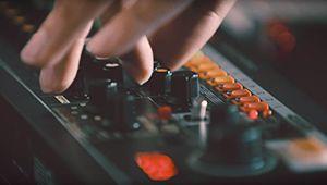 La TR-808 de Roland est de retour!