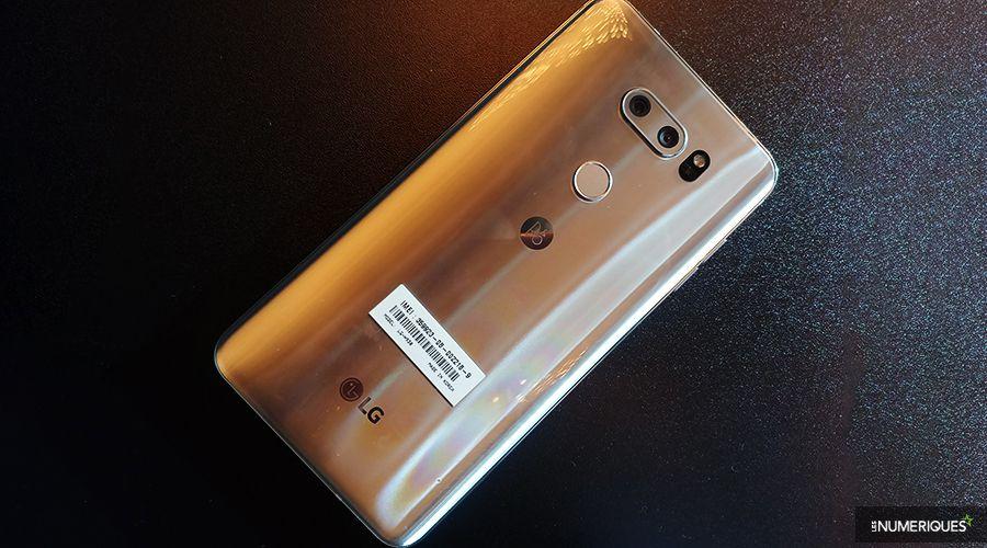 LG_V30_Dos.jpg