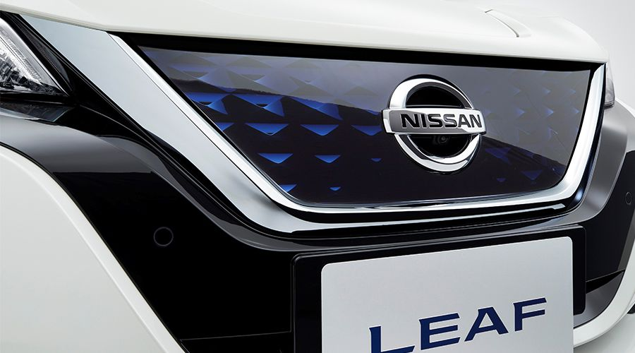 Nissan-Leaf-2018-calandre-WEB.jpg
