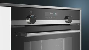 Siemens illumine les molettes de son four encastrable iQ500