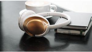 Everlite Wireless: le casque poids-plume de Philips passe au sans-fil