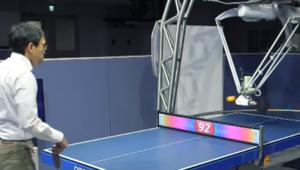 Forpheus, le robot sparring-partner de tennis de table dopé à l'IA