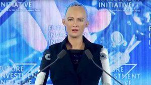 Le robot Sophia obtient une citoyenneté saoudienne controversée