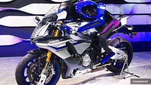 Yamaha Motobot dépasse les 200 km/h mais reste derrière Rossi