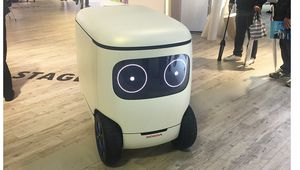 Honda RoboCas concept, un robot cargo qui donne la banane