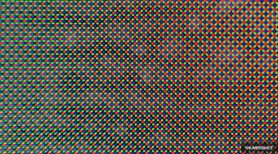 Sous_Pixel_LG_V30.jpg