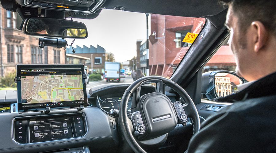 Jaguar-Lnad-Rover-autonomous-WEB.jpg