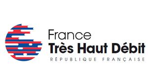 Fixe: Macron annonce des accords contraignants pour les opérateurs