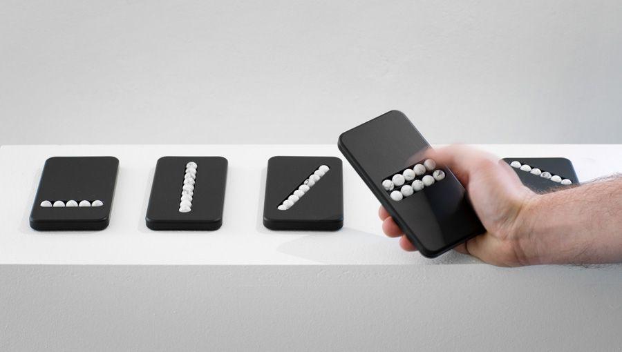 Substitute Phones: des téléphones factices pour accros au smartphone