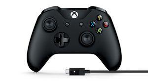 [MàJ] Bon plan – Manette Xbox One sans-fil avec câble pour PC à 40€